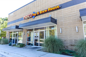 Frisco-Tap-House-Exterior-Shot-300